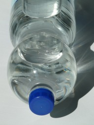 plastic-bottle-60472_1920